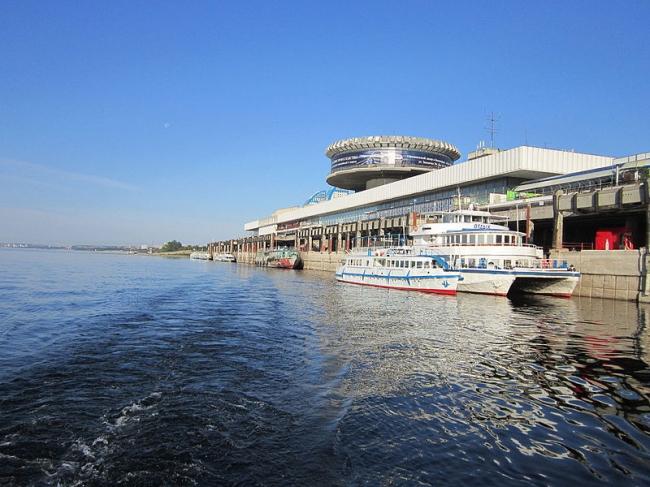 Волгоградский речной вокзал. Фото: Максим Кошелев via Wikimedia Commons. Лицензия CC BY-SA 4.0