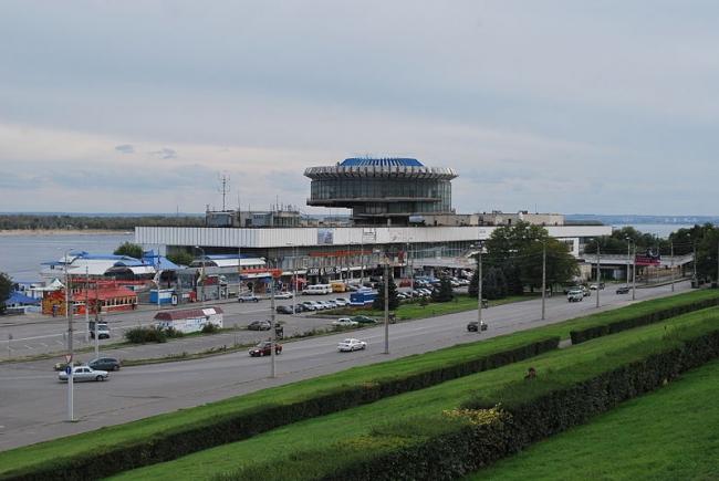 Волгоградский речной вокзал. Фото: Redboston via Wikimedia Commons. Лицензия CC-BY-SA 3.0
