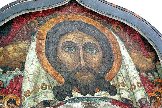 Церковь Святого Духа в Талашкино. Мозаика.  Фото: Al Shipilin via Wikimedia Commons. Лицензия GFDL