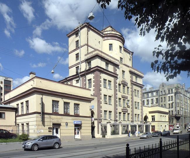 Цех завода «Измеритель». Фото: Витольд Муратов via Wikimedia Commons. Лицензия CC BY-SA 3.0
