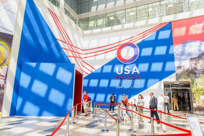 Комплекс Экспо-2017 в Астане. Входная зона экспозиции США. Фото © «Астана ЭКСПО-2017»