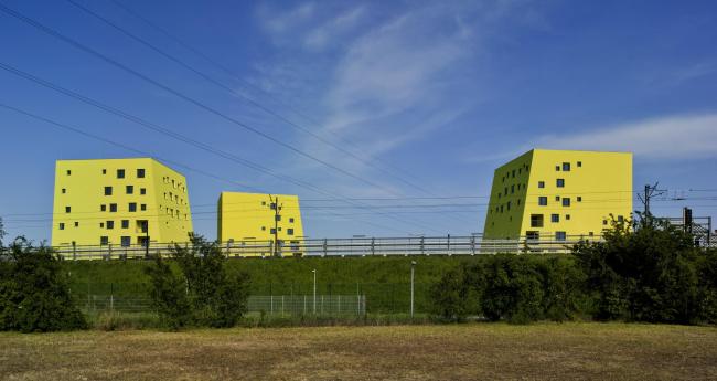 Жилой комплекс Zitronengelbe Häuser © David Frutos