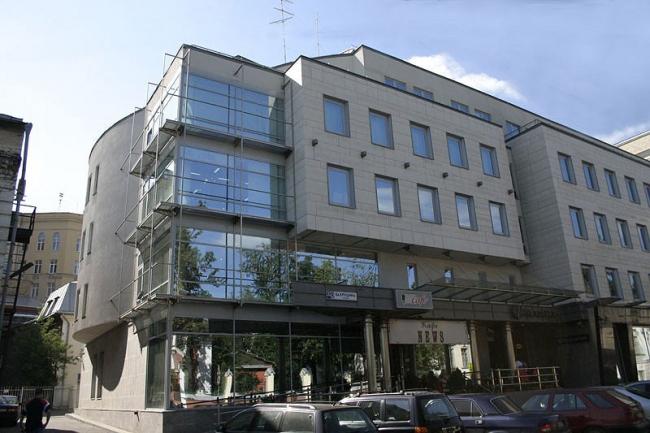 Административное здание на ул. Бахрушина. (проектирование 2000 г.)