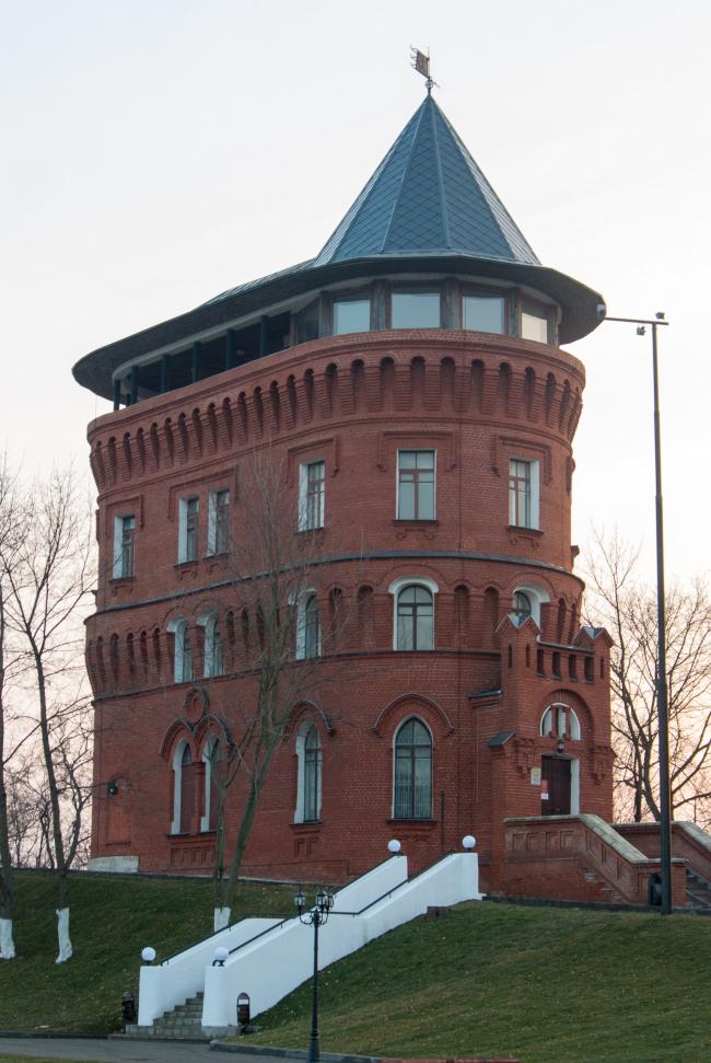 Водонапорная башня во Владимире. Фото: Васин Алексей via Wikimedia Commons. Лицензия CC BY-SA 4.0
