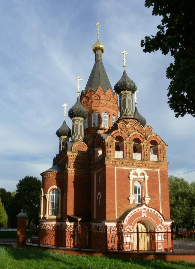 Церковь Спаса-Гробовская в Брянске. Фото: Олег Р. Вязьмитин via Wikimedia Commons. Лицензия CC BY-SA 3.0