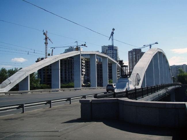 Хорошёвский мост. Фото: Simm via Wikimedia Commons. Лицензия CC BY-SA 2.5