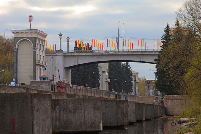 Карамышевский мост. Фото: A.Savin via Wikimedia Commons. Лицензия CC BY-SA 3.0
