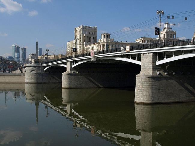 Бородинский мост. Фото: NVO via Wikimedia Commons. Лицензия CC BY 3.0
