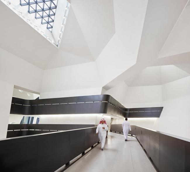 Центр изучения и исследования нефти имени короля Абдаллы © Hufton+Crow
