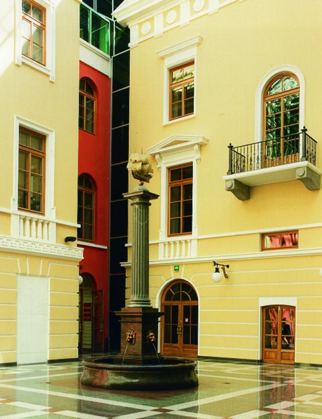 Офисно-коммерческий центр «Атриум на Невском, 25»
