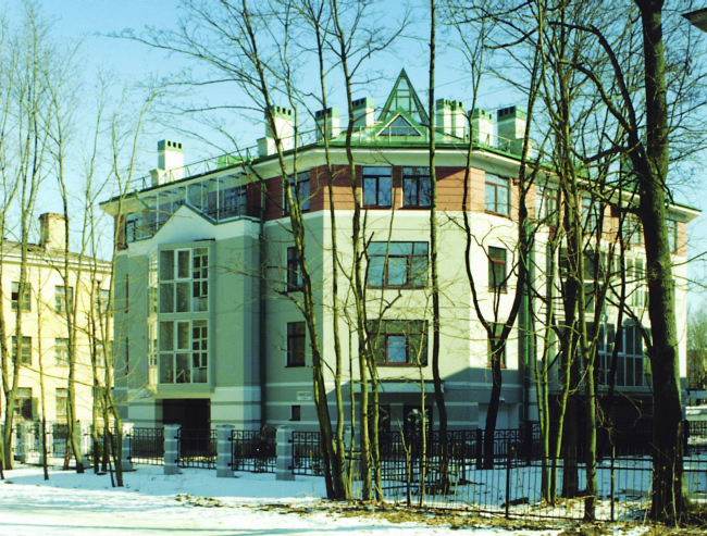 Residential building in Pushkin town