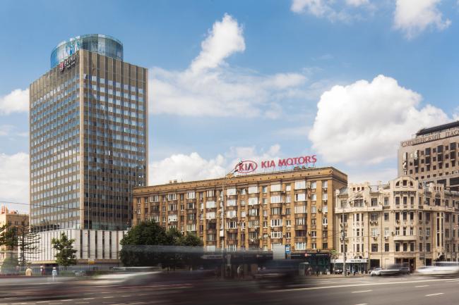 Azimut Hotel Smolenskaya