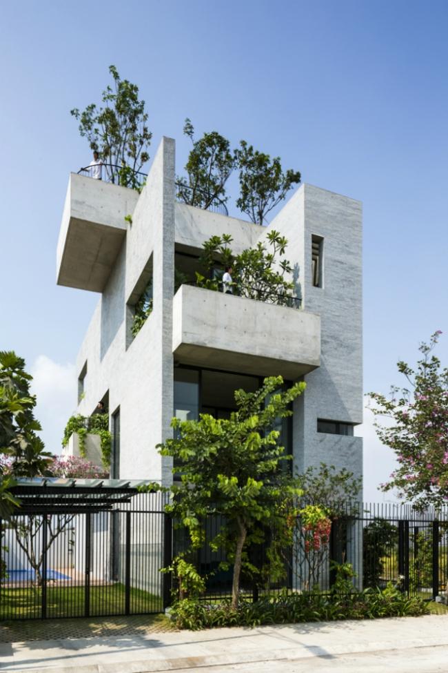 Дом Binh House (Хошимин, Вьетнам).  Vo Trong Nghia Architects. Изображение предоставлено WAF