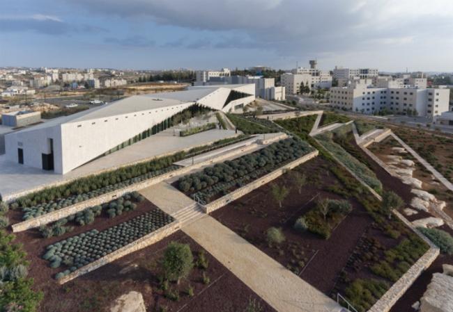 Палестинский музей (Бирзейт, Израиль).  Heneghan Peng Architects. Изображение предоставлено WAF