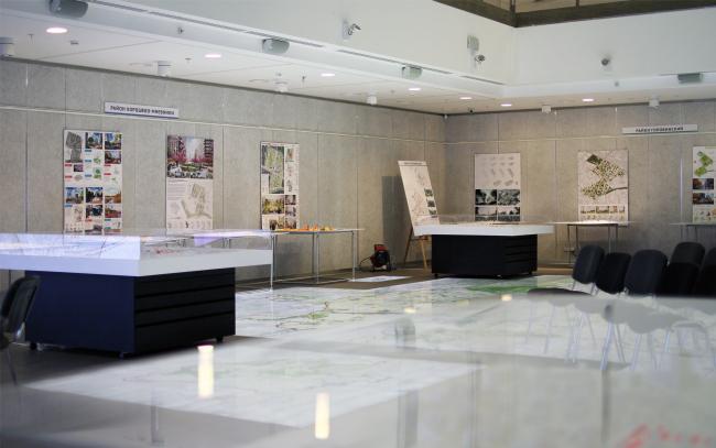 Выставка конкурсных проектов для экспериментальных площадок реновации. Фотография © Юлия Тарабарина, Архи.ру