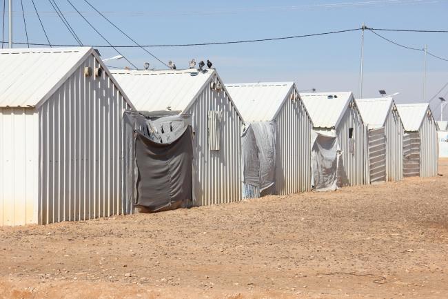 Дима Альбадра, Дэвид Коли, Джейсон Харт (Университет Бата, Великобритания).  Исследование «На пути к здоровому жилью для беженцев»