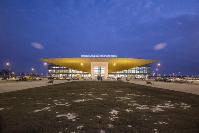 Новый пассажирский терминал аэропорта в Перми, 2013-2017 © АБ Асадова