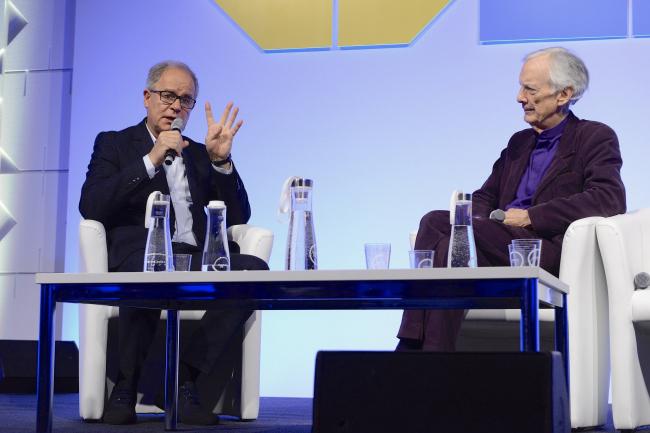 Дискуссия Пьера де Мерона и Чарльза Дженкса стала одним из самых ярких событий программы WAF 2017. Изображение предоставлено WAF