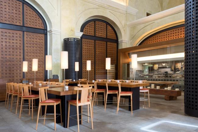 Ресторан Toks © Lucía Cervantes / Legorreta