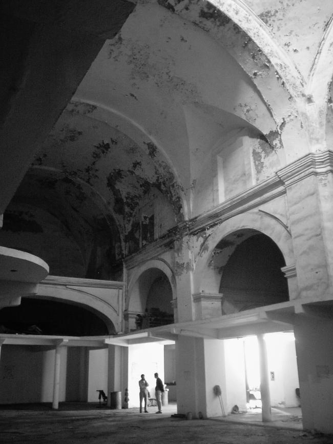 Церковь монастыря Санто-Доминго до реконструкции © Daniel Reyes / Legorreta