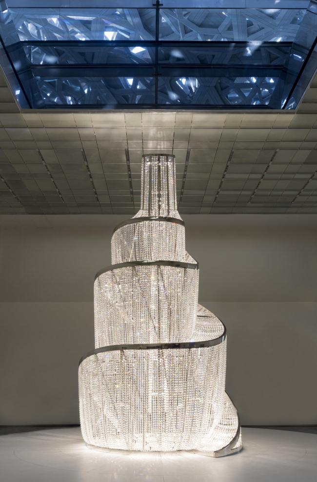 Лувр Абу-Даби. Работа Ай Вэйвэя «Источник света». Фото © Marc Domage. Архитектор Жан Нувель