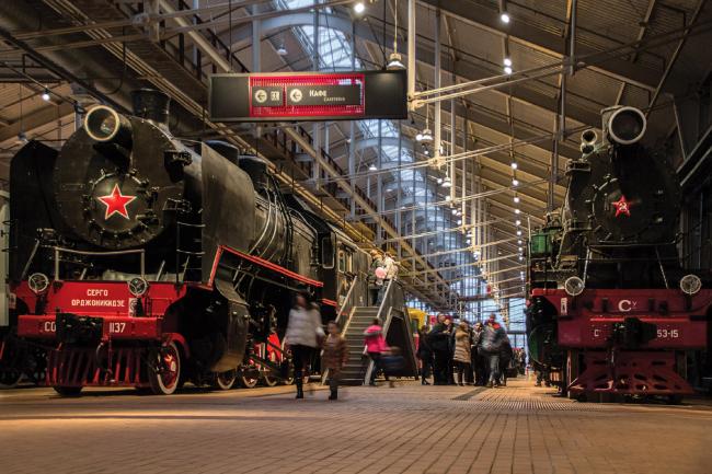 Фрагмент интерьера Центрального музея Октябрьской железной дороги. Проект «Студия 44» © Студия 44