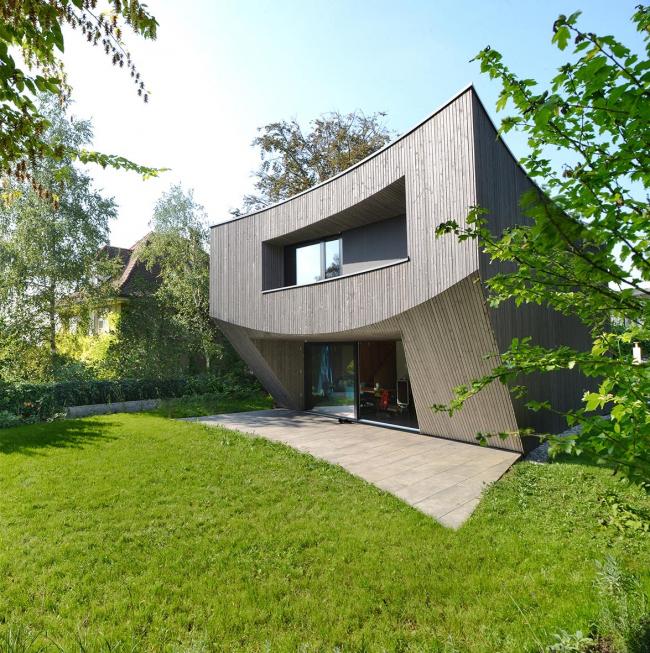 Частный дом Casa Curved, Базель, Швейцария.  Daluz Gonzalez Architekten. Изображение предоставлено Канадским советом по древесине