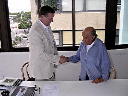 Оскар Нимейер с представителем администрации Потсдама. Рио-де-Жанейро