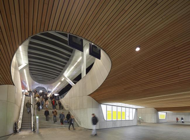 Центральный вокзал Арнема. Фото © Hufton+Crow. Предоставлено Zumtobel Group Award