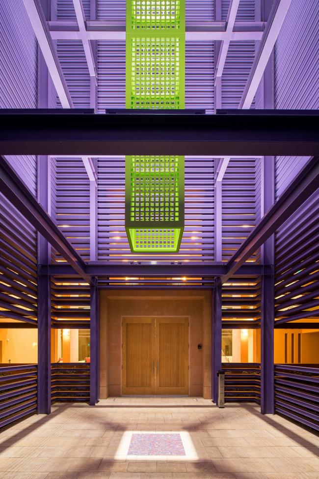 Общежитие Хайленд-холл Стэнфордского университета. Фото © Hunter Kerhart