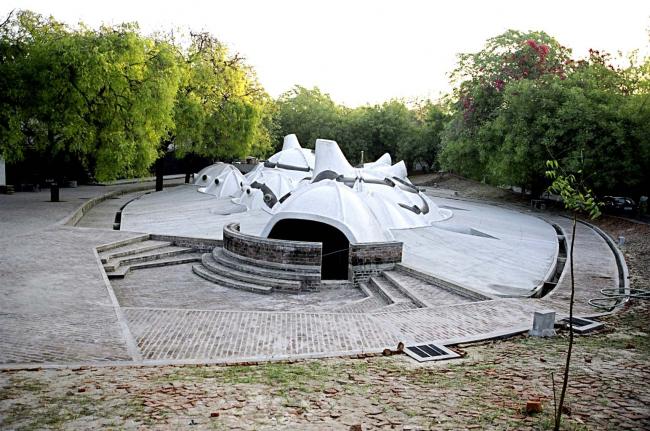 Художественная галерея в Ахмадабаде. Проект Балкришны Доши. Фотография предоставлена VSF