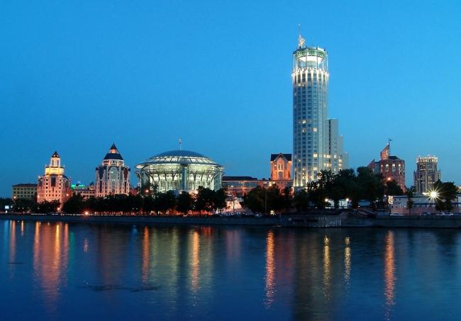 Терраса пентхауса «Swissotel Красные Холмы», Москва. Фотография © swissotel-hotels; Buzon-Россия