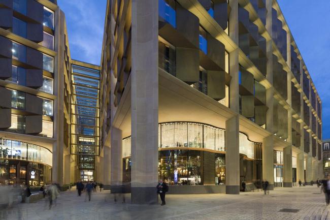 Европейская штаб-квартира компании Bloomberg © Aaron Hargreaves
