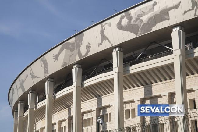 Реконструкция стадиона «Лужники». Фотография с сайта www.sevalcon.ru