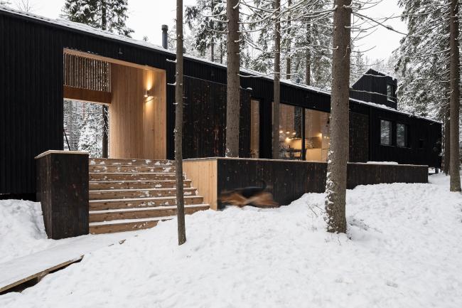 Дом для двух художников.Фотография © Дмитрий Цыренщиков
