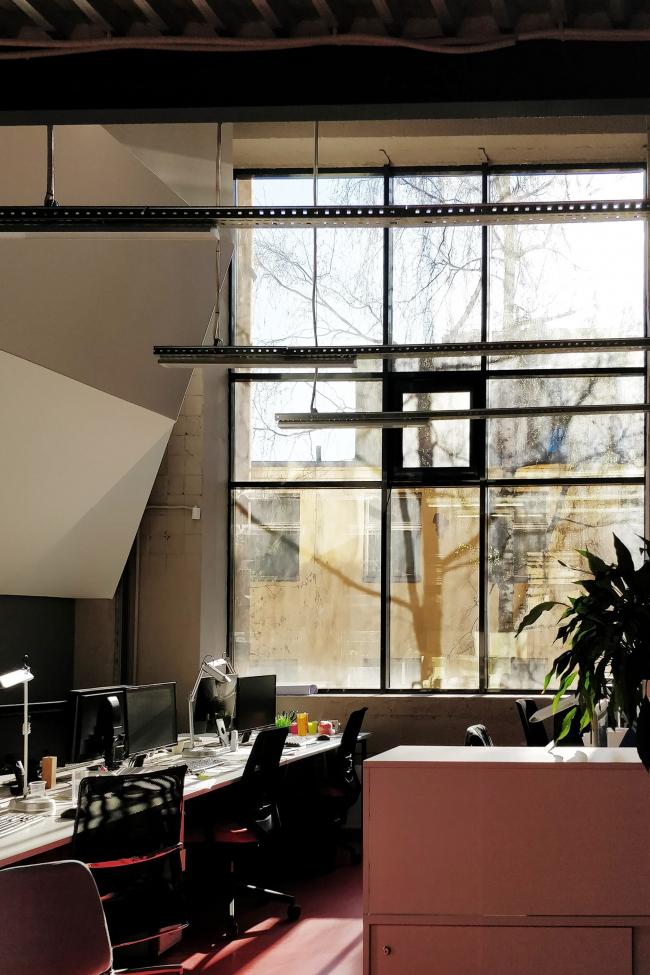 Офис компании ATRIUM. Окно. 1 этаж © ATRIUM
