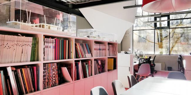 Офис компании ATRIUM. Библиотека. 1 этаж офиса © ATRIUM