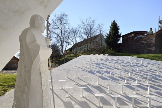 Часовня в деревне Скорба, Enota. Фотография © Miran Kambič