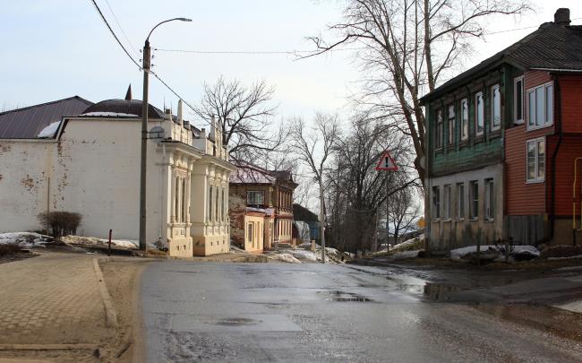 Владимир, Летне-Перевозинская улица, застройка середины XIX – начала XX вв. Фотография © Юлия Тарабарина, Архи.ру