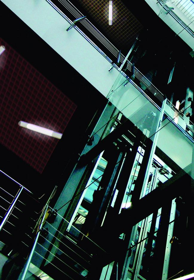 Многофункциональный торгово-досуговый центр вблизи станции метро «Варшавская» © Архитектурно-дизайнерская мастерская А. А. Чернихова