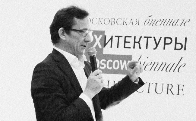Тимур Башкаев. Завтрак архитектора на Арх Москве. Фотография Архи.ру