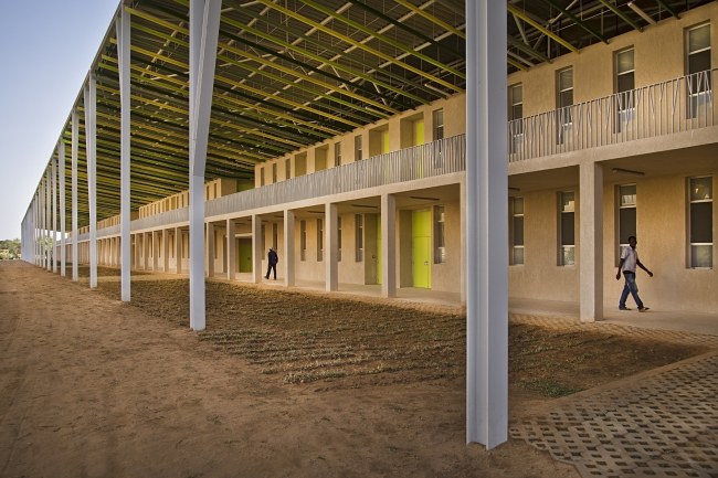 Корпус университета имени Алиуна Диопа © Francesco Pinton