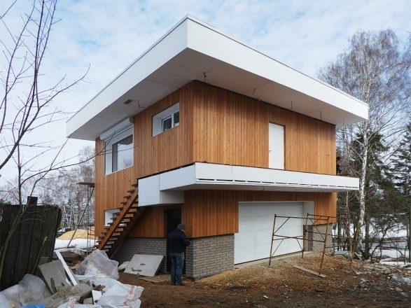 Компактный энергоэффективный дом в деревне Хлябово.  Денис Волков (компания «Д-Инвест»)