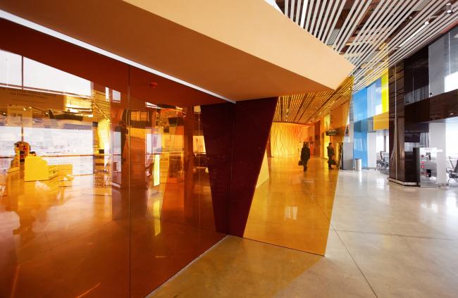 Аэропорт Кольцово, интерьер, реализован в 2013 ©  Nefaresearch  (с 2014 г. VOX Architects и Nefa architесts)