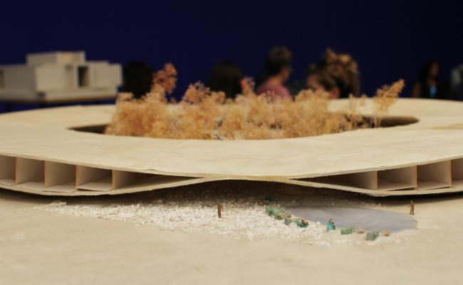 Атакама, отель в пустыне, Чили, проект. Модель-штудия, 2009. Биеннале архитектуры Freespace, выставка Петера Цумтора; коллекция музея Брегенца. Фотография: Ю.Тарабарина, Архи.ру