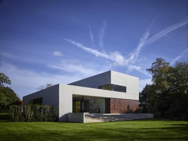 Дом Pheasants, Бакингемшир. Sarah Griffiths + Amin Taha. Фотография © Tim Soar
