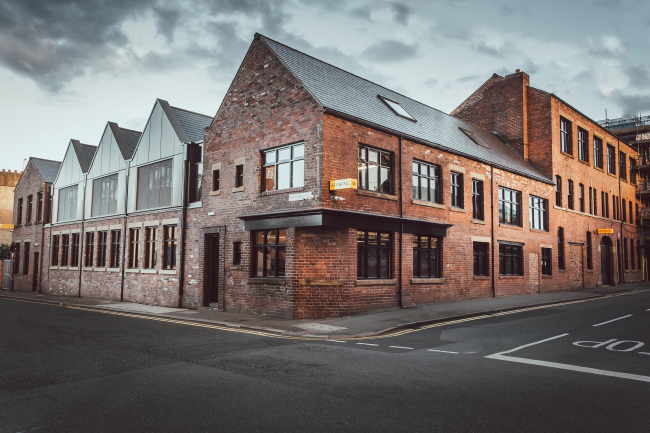 Офисное здание Albert Works, Шеффилд.  Cartwright Pickard Architects. Фотография © Tom  Kahler