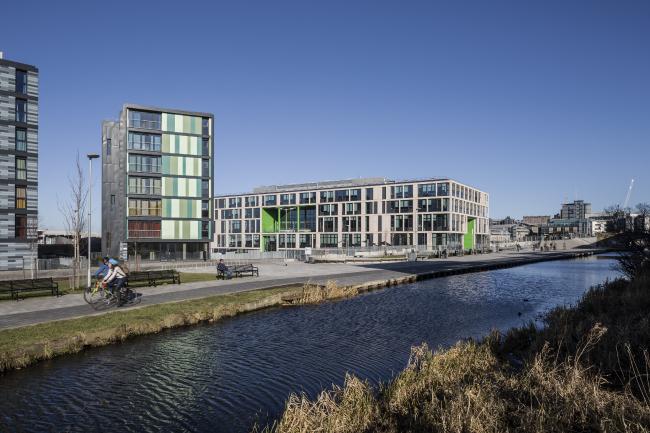 Средняя школа Боромьюр, Эдинбург.  Allan Murray Architects. Фотография © Keith Hunter Photography