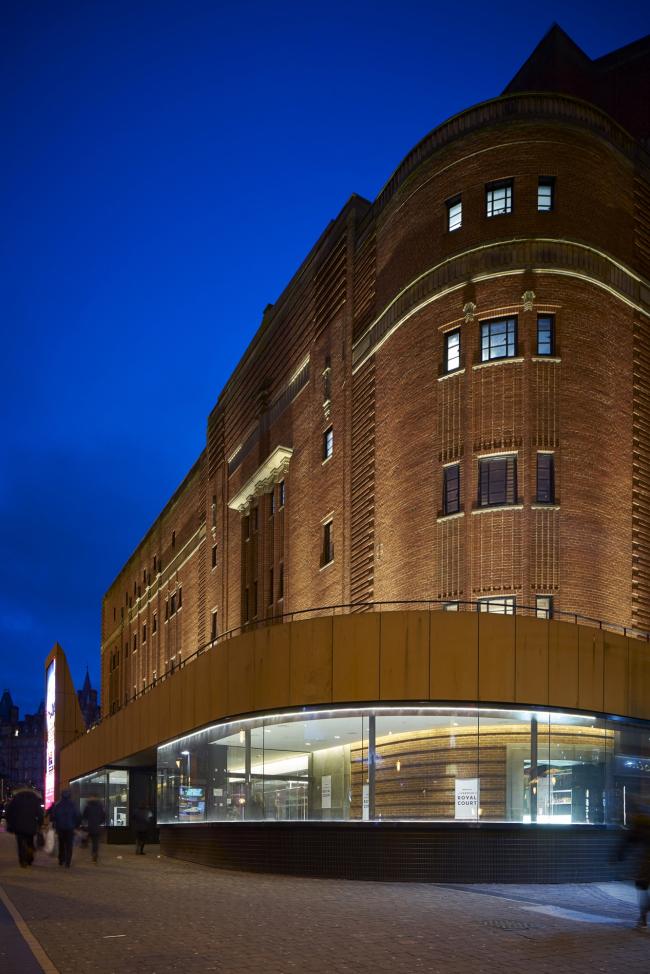 Театр Ройял-корт, Ливерпуль.  Allford Hall Monaghan Morris. Фотография © Timothy Soar