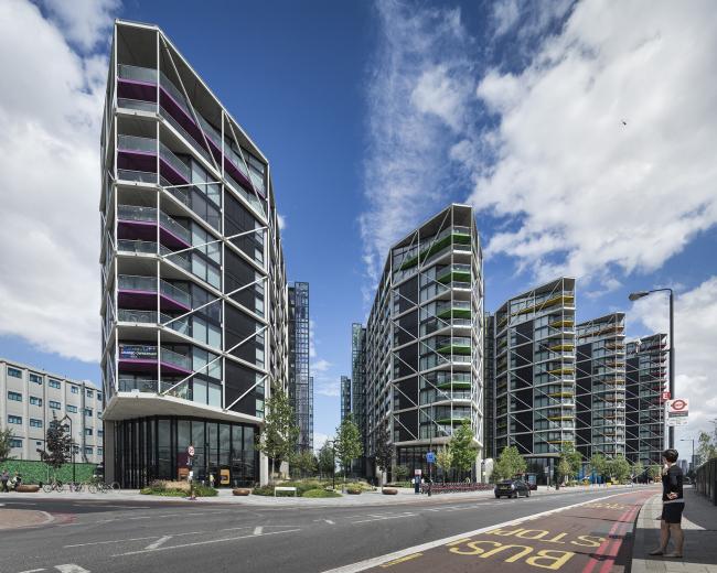 Жилой комплекс Riverlight, Лондон.  Rogers Stirk Harbour + Partners. Фотография © Anthony Coleman